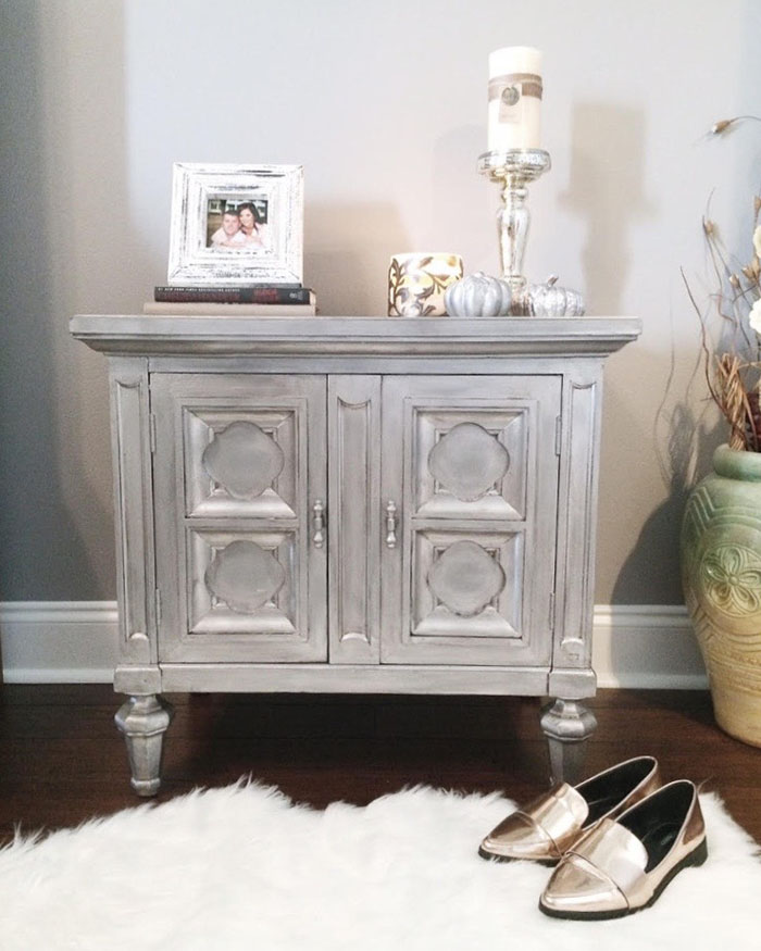 How to Refinish an Old Nightstand - The Blog Societies