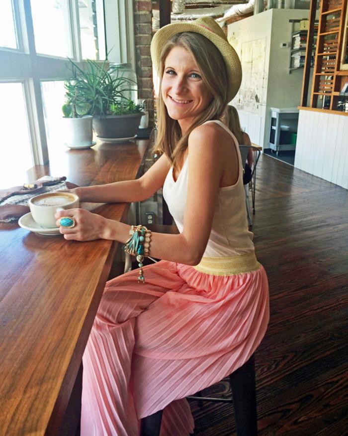 Chic Little Honey - The Blog Societies