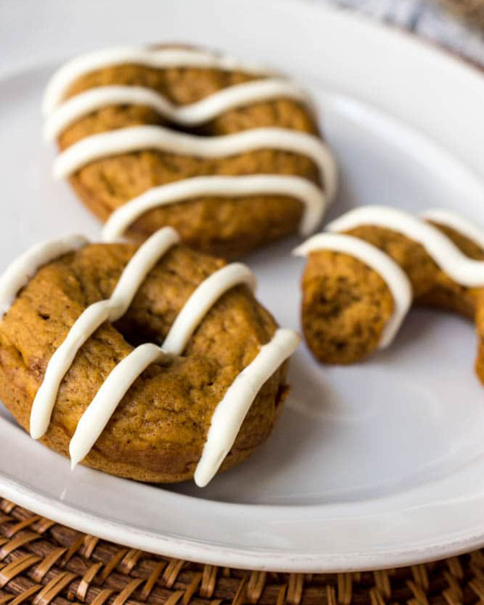 Healthy Baked Pumpkin Spiced Donuts - The Blog Societies