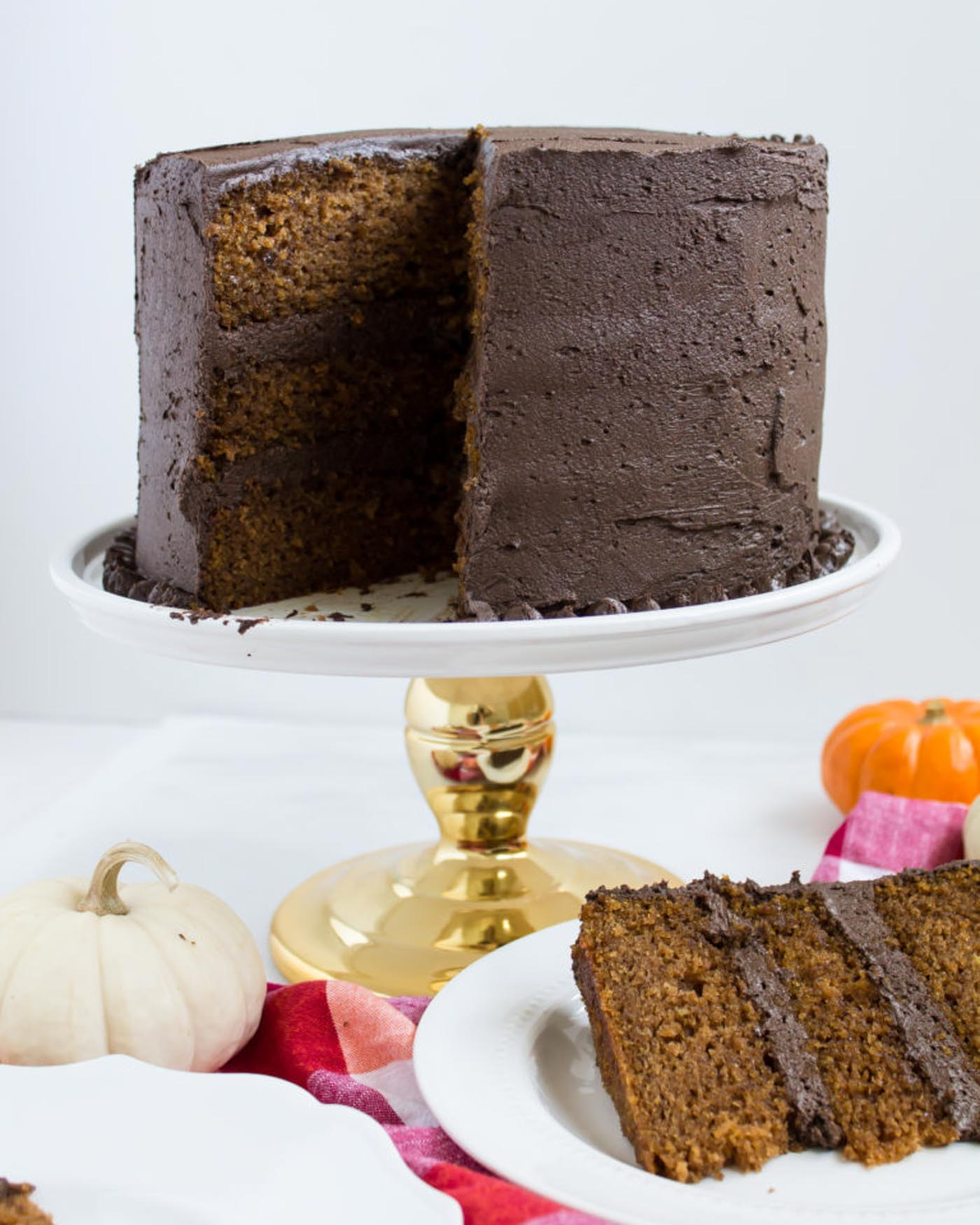 pumpkin cake chocolate frosting recipe
