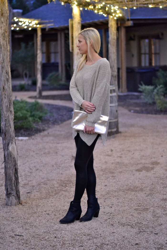 fall sweater outfit with leggings