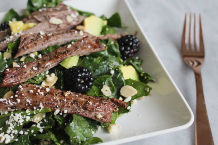 steak-berry-spinach-salad