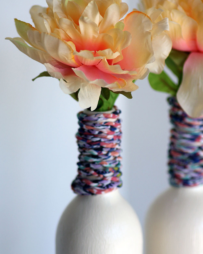 The Blog Societies - DIY Wine Bottle Vase