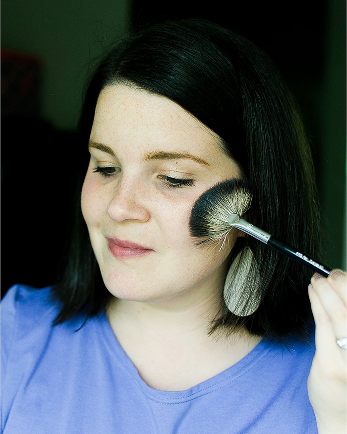 Five Minute Natural Makeup Tutorial - The Blog Societies