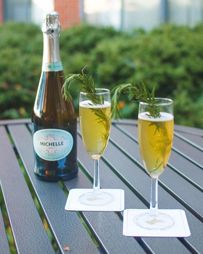 Apple Cider Bellini - The Blog Societies