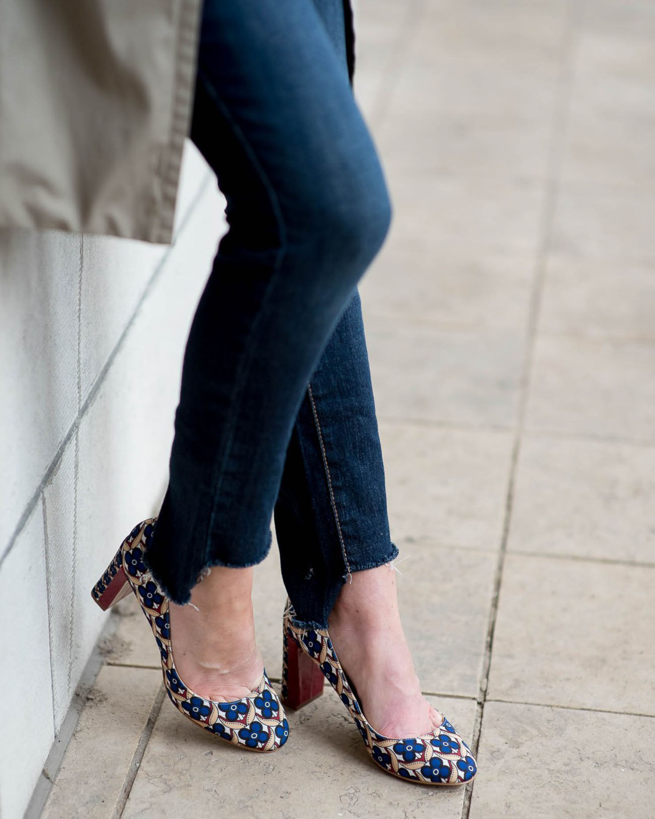 staggered-hem-tutorial-for-jeans-the-blog-societies-1-of-1